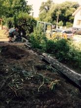 Horné Obdokovce - búranie betónového plota